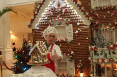 Gingerbread decorating classes at the Grand Floridian Resort